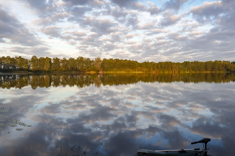 Foto's om een CarpFarm Lake impressie te geven