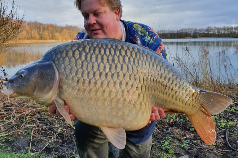 Foto's van vangsten 2020 op CarpFarm Lake